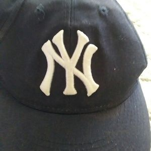 Other - New York Yankees(youth) Hat 1Sz   $23+BUY1free